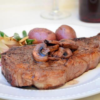 New York Steak with Red Wine Mushrooms