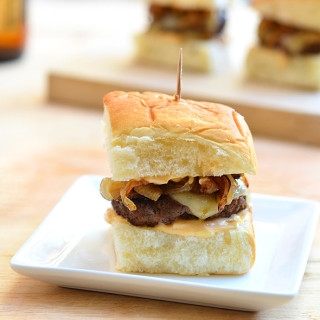 Burger Sliders with Caramelized Onions and Chipotle Mayo