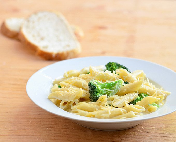 Pasta Alfredo with Broccoli