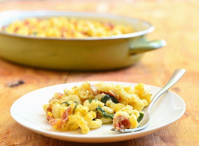 Homemade Macaroni and Cheese with Spinach and Bacon is ready to enjoy! Hearty and delicious, it's a guaranteed dinner hit.