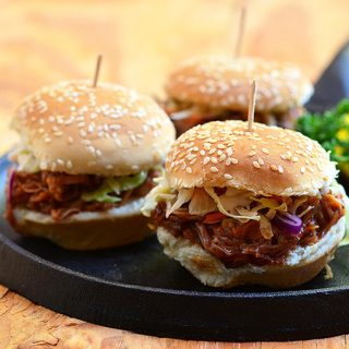 Slow Cooker Root Beer Pulled Pork Sliders