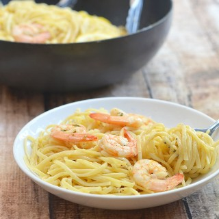 Lemon Butter Garlic Shrimp Pasta