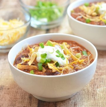 15-minute Chili has the big, bold flavors you crave in chili but without a lot of work. It requires basic pantry ingredients and is ready in 15 minutes!