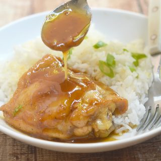 Instant Pot Honey Lemon Chicken with amazing sweet and tangy flavors is easy to prep with simple ingredients and is ready in less than 20 minutes. It's the perfect weeknight meal!