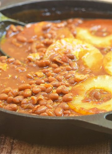Baked Beans recipe with bacon and pineapples