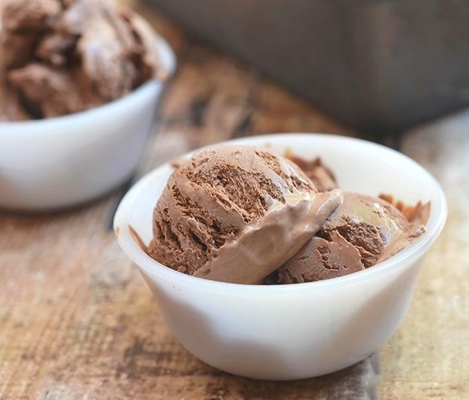 Homemade Chocolate ice cream in white dessert bowls