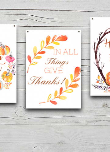 Fall Decor FREE Printables to easily update your home for Fall! They look amazing on the wall, on a mantel or anywhere you need a quick pop of Autumn colors. And they make great gifts, too!