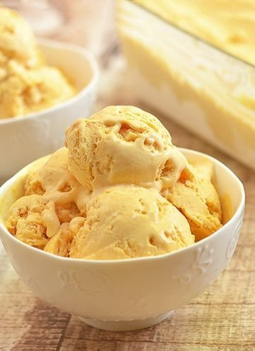 homemade pumpkin ice cream in white bowls