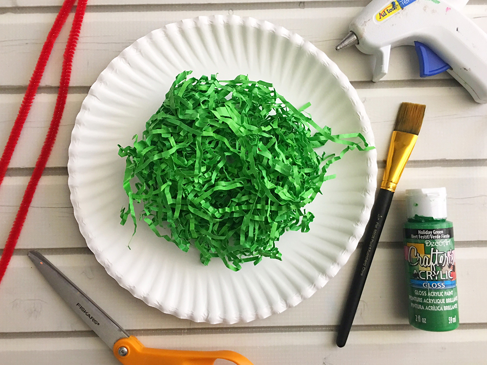 DIY Paper Christmas Wreath made with paper plate and shredded crinkle paper adds a festive touch to your holiday decor-materials needed
