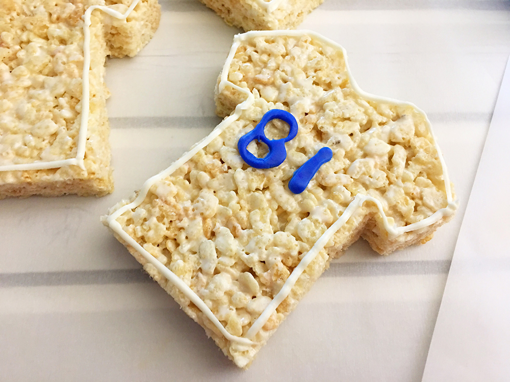 Sports Jersey Rice Krispies Treats are the perfect dessert or snack for a game day party. They're as much fun to make as they are to eat-Stick the cut fondant numbers to the front center of the jerseys