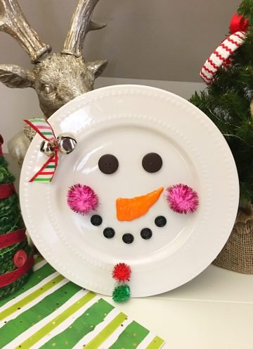 DIY Christmas Decorative plate is an adorable addition to any holiday decor! So easy and fun to make with simple supplies from the Dollar Store!