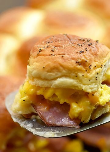 breakfast slider with ham, egg, and cheese