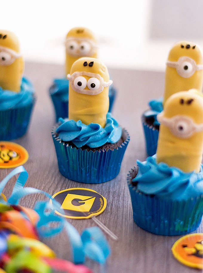 Minion Cupcakes in blue cupcake wrappers
