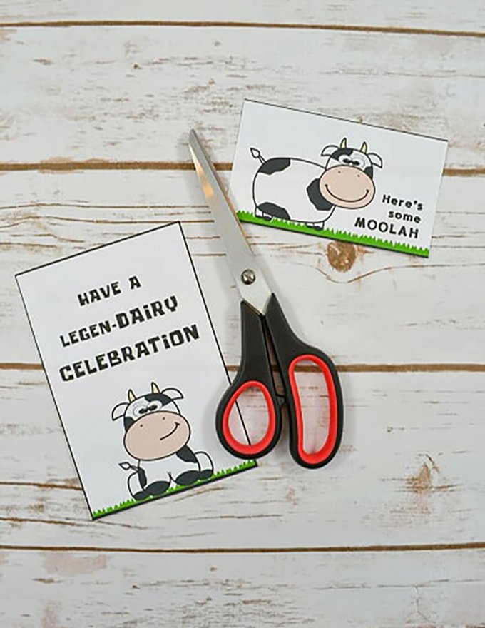 cut out FREE cow printable for homemade birthday gift
