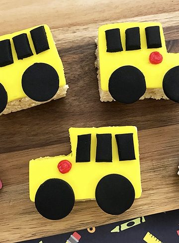 Back-to-school Rice Krispies treats with school bus design
