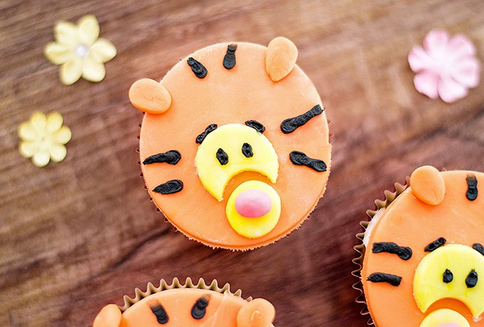 Tigger Cupcakes made with fondant