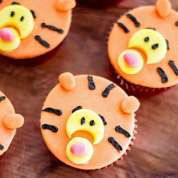 Tigger Cupcakes made with vanilla cupcakes and fondant