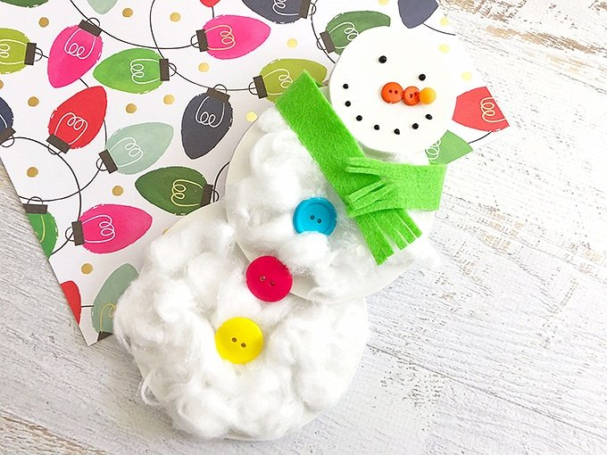 This cottonball snowman craft is a perfect kid-friendly craft for the holidays