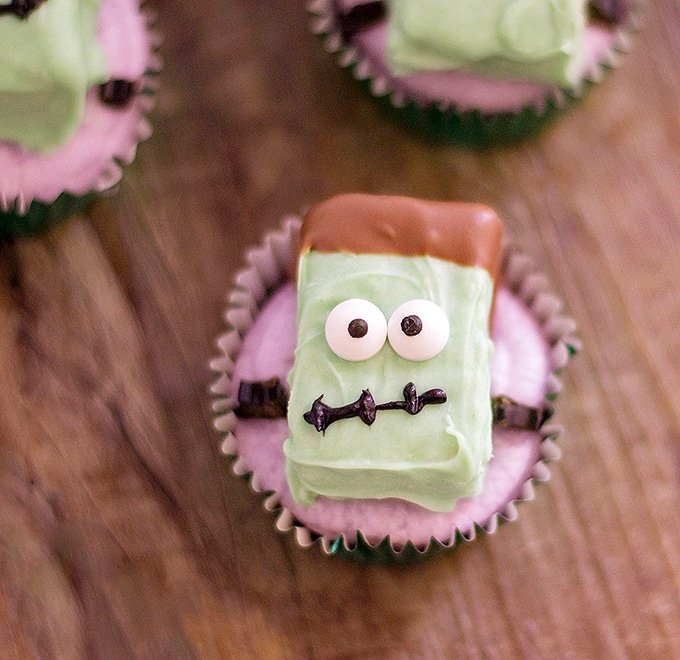 Frankenstein Rice Krispies Cupcakes will be the hit of your spooky Halloween party!