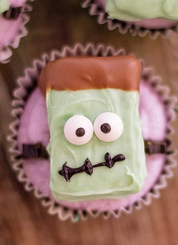 Halloween cupcakes decorated with Frankenstein rice krispies treats