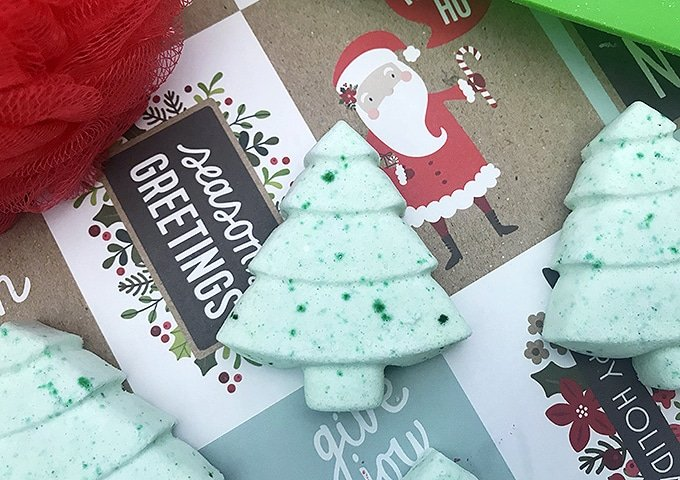 Christmas Bath Bombs are the perfect way to add an extra touch to your spa day