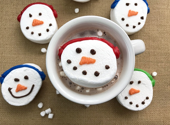 Jumbo Snowman Marshmallows in hot cocoa