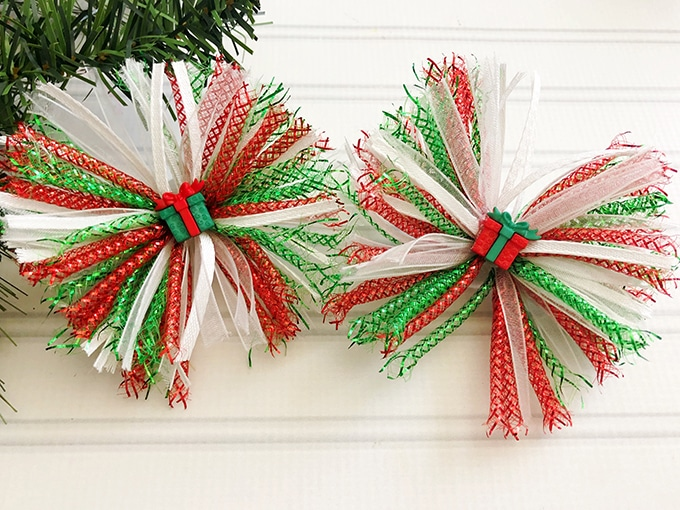 Christmas Hair Bows on a white board