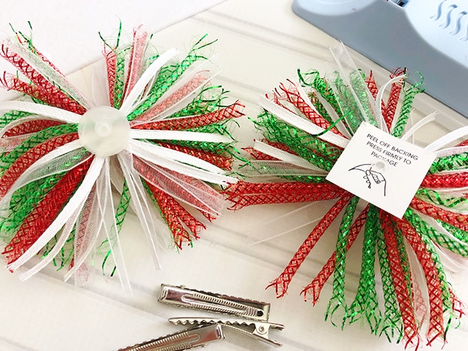 Christmas party gift bows and alligator clips